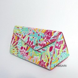 Lilly Pulitzer Case in Spot...